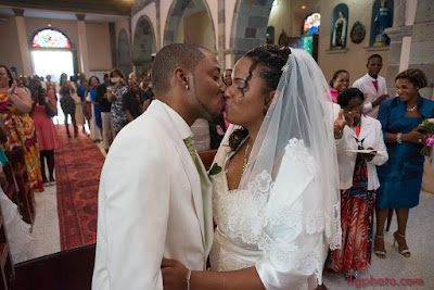 basse-terre-église-mariage-guadeloupe-mariés