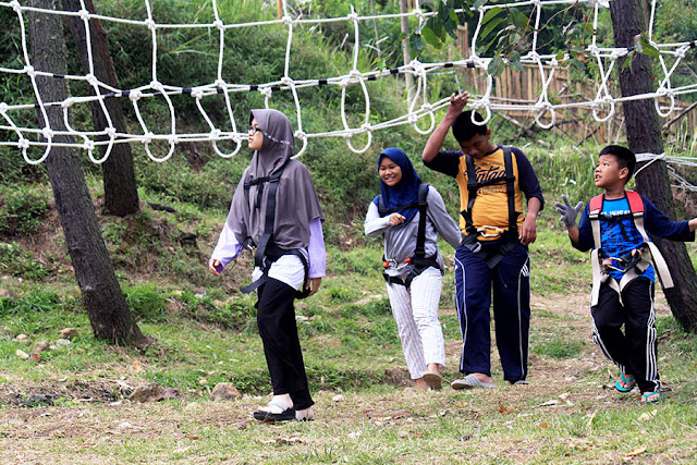 Area permainan di Papandayan Camping Ground