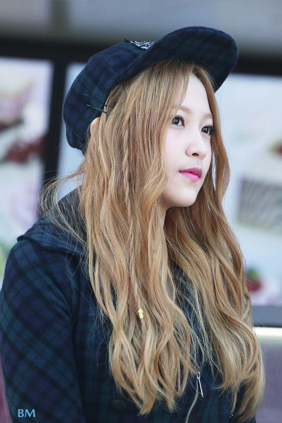 Red Velvet Yeri Hairstyles And Hair Colors  Korean