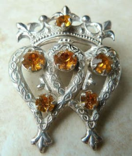 http://www.kcavintagegems.uk/vintage-sterling-silver-wbs-ward-brothers-luckenbooth-brooch-2065-p.asp