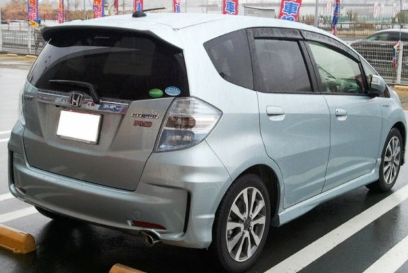 Honda Fit Hybrid di China (commons wikimedia)
