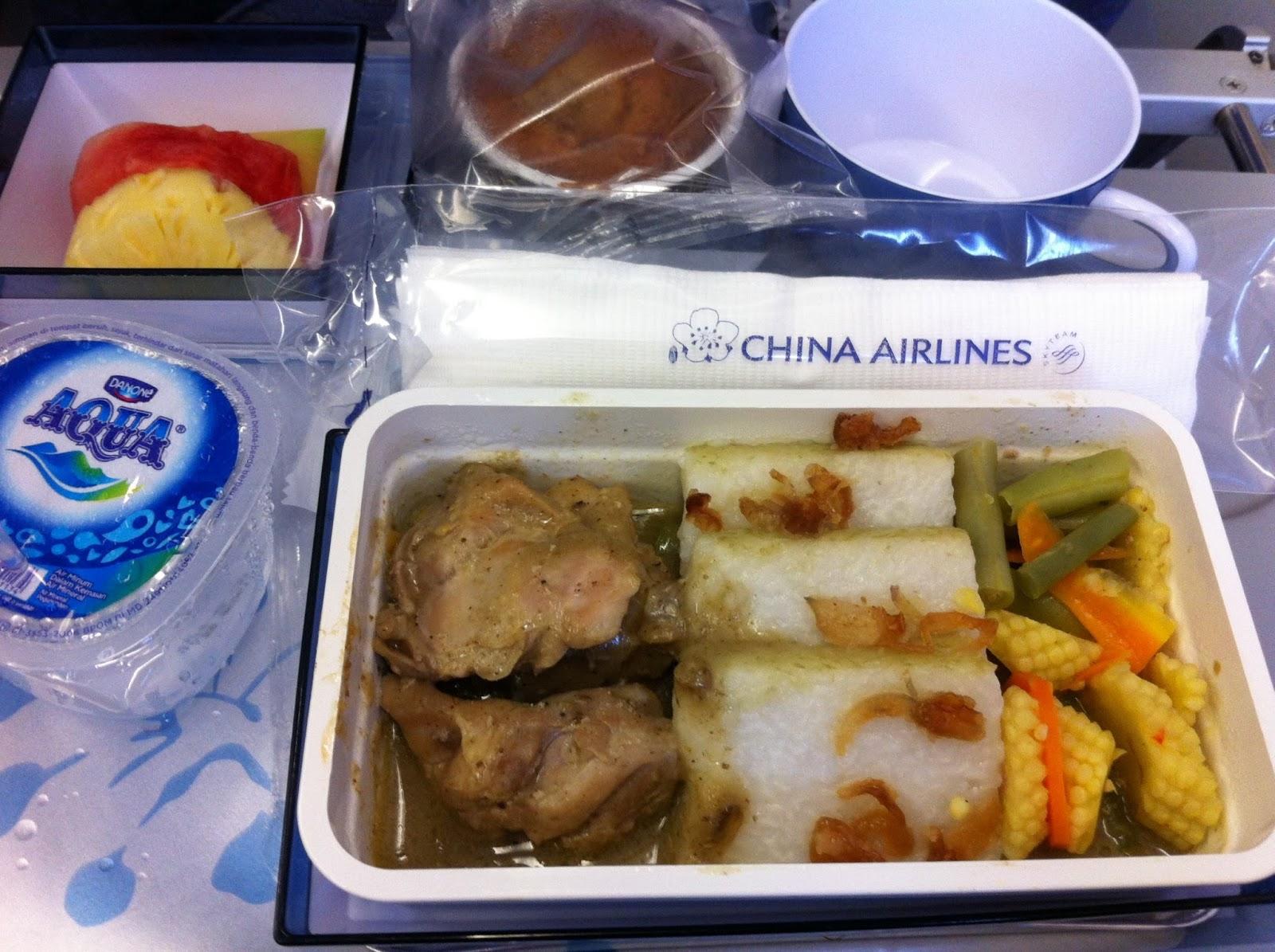 Pengalaman Naik China Airlines Rute Surabaya Singapura