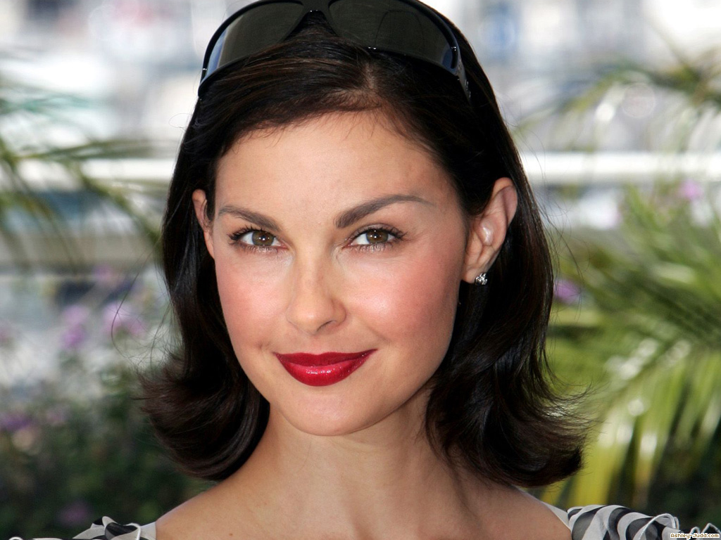 Day, actress ashley judd hot