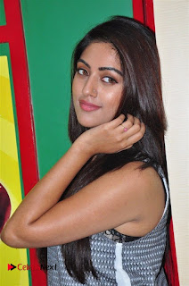 Actress Anu Emmanuel Pictures in Jeans at Radio Mirchi For Majnu Movie Promotion  0040.jpg
