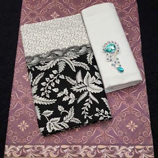 Kain Batik dan Embos 470 Pekalongan motif Daun Putih