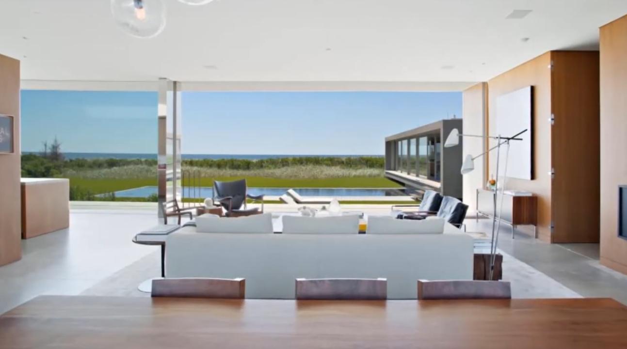 35 Photos vs. Luxury Contemporary Glass Home In New York vs. Interior Design Tour