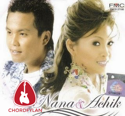 Lirik dan Chord Kunci Gitar Memori Berkasih - Achik Spin ft. Siti Nordiana