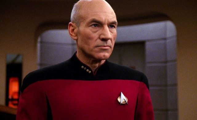 Patrick Stewart como el capitán Jean-Luc Picard
