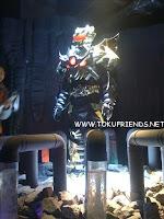 https://4.bp.blogspot.com/-FdnNV8hGEj4/VrSlK8_6P2I/AAAAAAAAGJM/-Owem59Y6ek/s1600/armor_hero_backstages_5.jpg