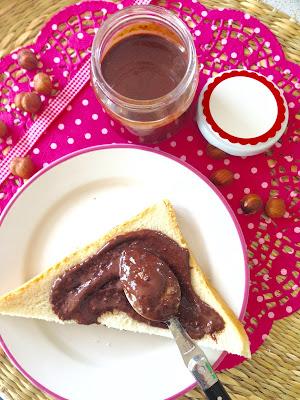Nutella fatta in casa, homemade nutella, Leda intorta, Nutella vegana, nutella con il bimby