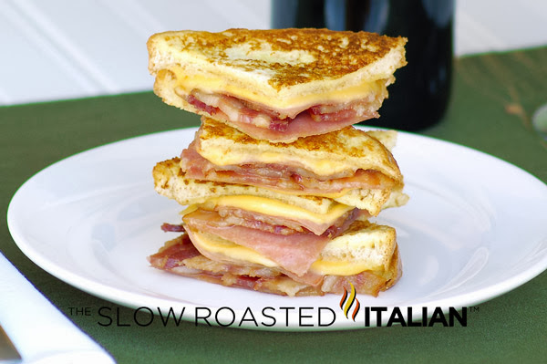 http://www.theslowroasteditalian.com/2011/09/simply-bacon-monte-cristo-finger.html