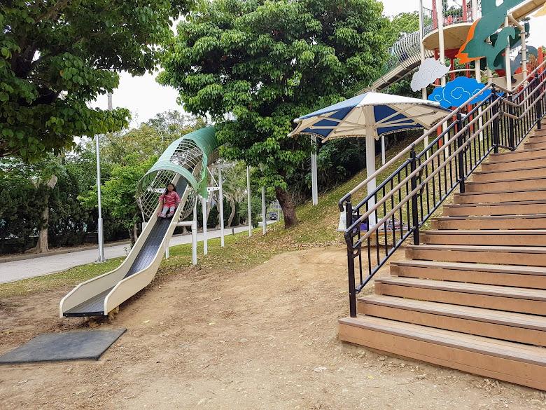 奧武山公園的溜滑梯