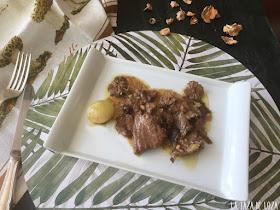 carne-de-ternera-esofada-con-setas-hongos