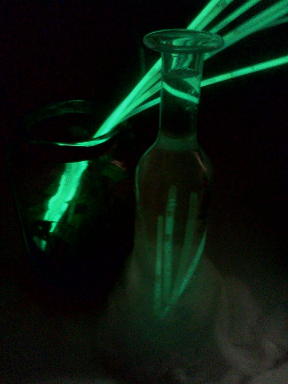 how to use glow sticks