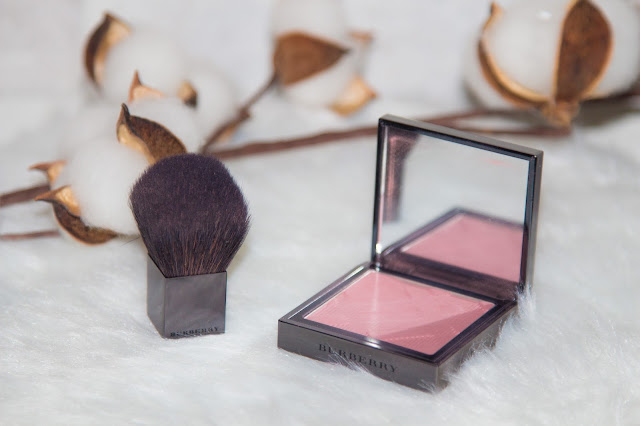 blush - burberry - cameo