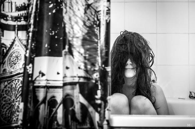 omorfos-kosmos.gr - Συνεχίζω να προσπαθώ να φωτογραφίσω την κοπέλα μου, αλλά εκείνη δεν με αφήνει! (Εικόνες)