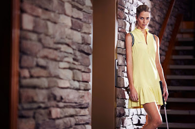 Anna Rawson atlet wanita cantik di Golf foto model cantik SPG padang Golf kelihatan