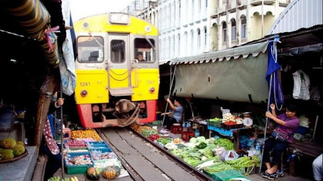 https://ratupelangi-net.blogspot.com/2018/11/ini-3-pasar-tradisional-paling-ekstrem.html