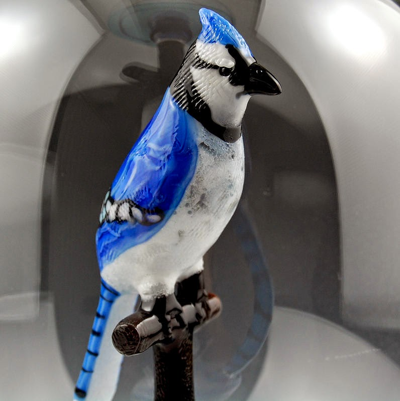 03-Blue-Jay-Kiva-Ford-Scientific-Glassblowing-with-Miniatures-www-designstack-co