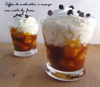 Toffee de melocotón o mango con nata by Joan