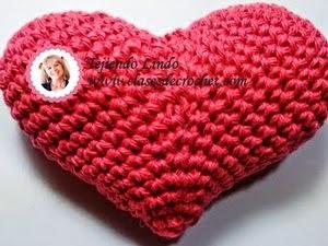http://www.clasesdecrochet.com/2015/02/paso-paso-corazones-crochet-patrones-gratis.html