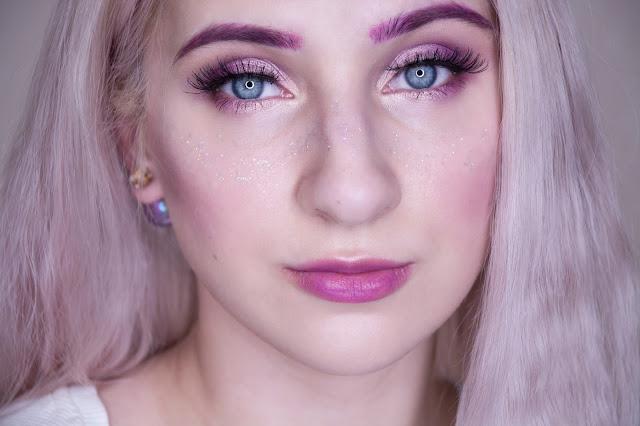 макияж с глиттером NYX