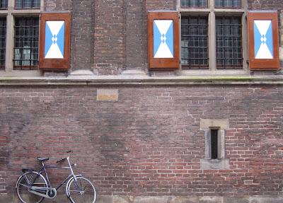 blue shutters in Kampen