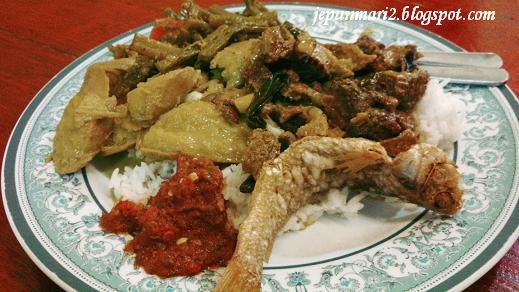 Daging Salai Raso Omak Den, Taman Melawati