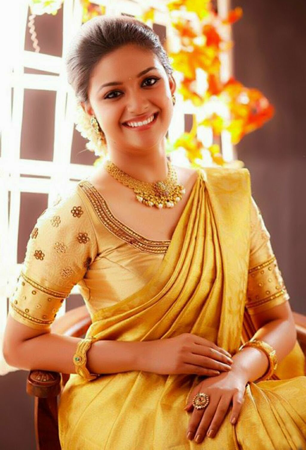 Keerthi Suresh Hd Wallpaper For Mobile South Actress Spicy Photos