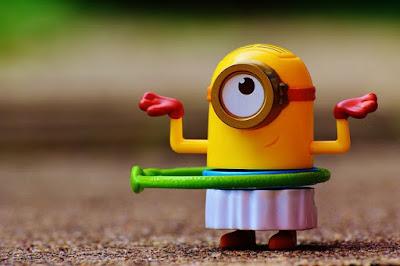В том, что детям для их развития нужны игрушки сомневаться не приходиться. Как правильно выбрать игрушку? Как много их нужно ребенку? Покупать ли игрушки по требованию ребенка, или по выбору родителей? Как найти компромисс в решении этих вопросов?