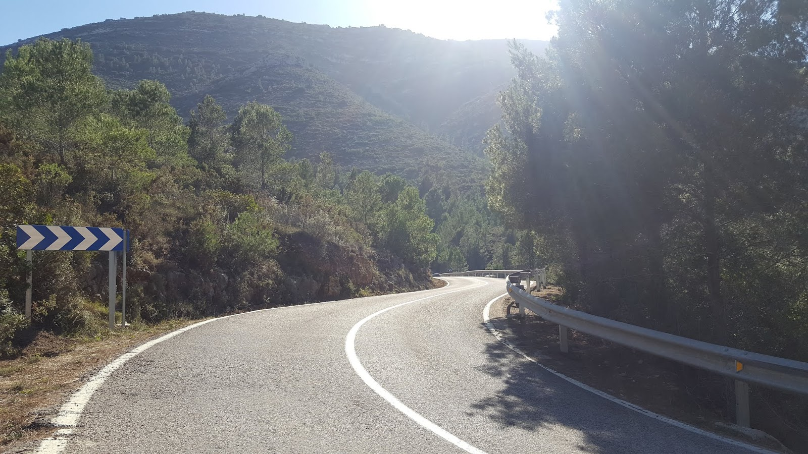 S-bends on the climb of Coll de Rates
