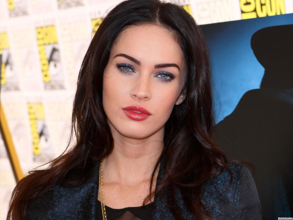 Miss Megan Fox hit the face Callipyge
