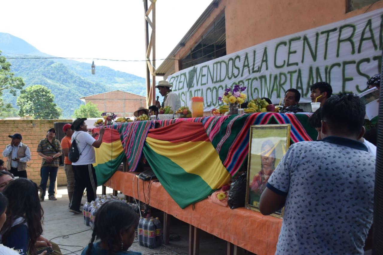 Ampliado en Yungas concentró a decenas de dirigentes de la coca tradicional / ÁNGEL SALAZAR