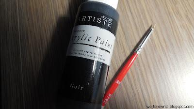 czarna farbka akrylowa