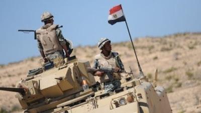 مداهمة للجيش المصري في شبه جزيرة سيناء و5 قتلى على الاقل