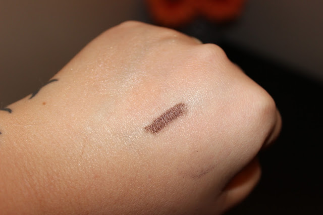Laura Gellar Cafe Mocha Swatch