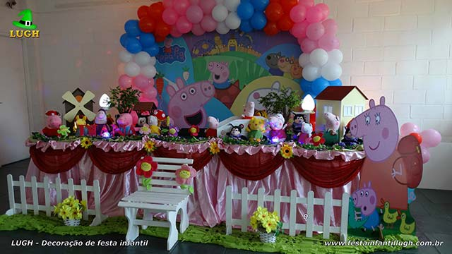 Mesa luxo de tecido - Decoração mesa de aniversário Peppa Pig para festa infantil feminina
