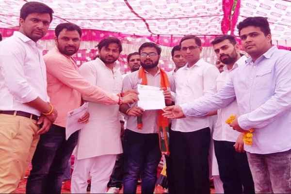 chaudhary-raj-arya-bittu-bjym-outreach-unit-in-jb-knowledge-park-college
