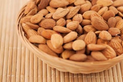 Konsumsi Makanan Ini Agar Kulit Sehat Bebas Jerawat