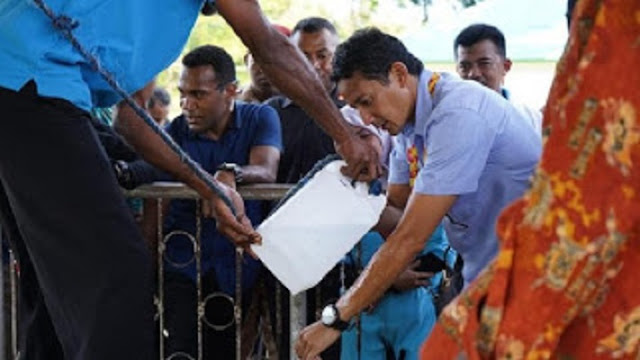 Sandi Diterima Ketua Klasis GKI Pendeta Mamoribo Papua