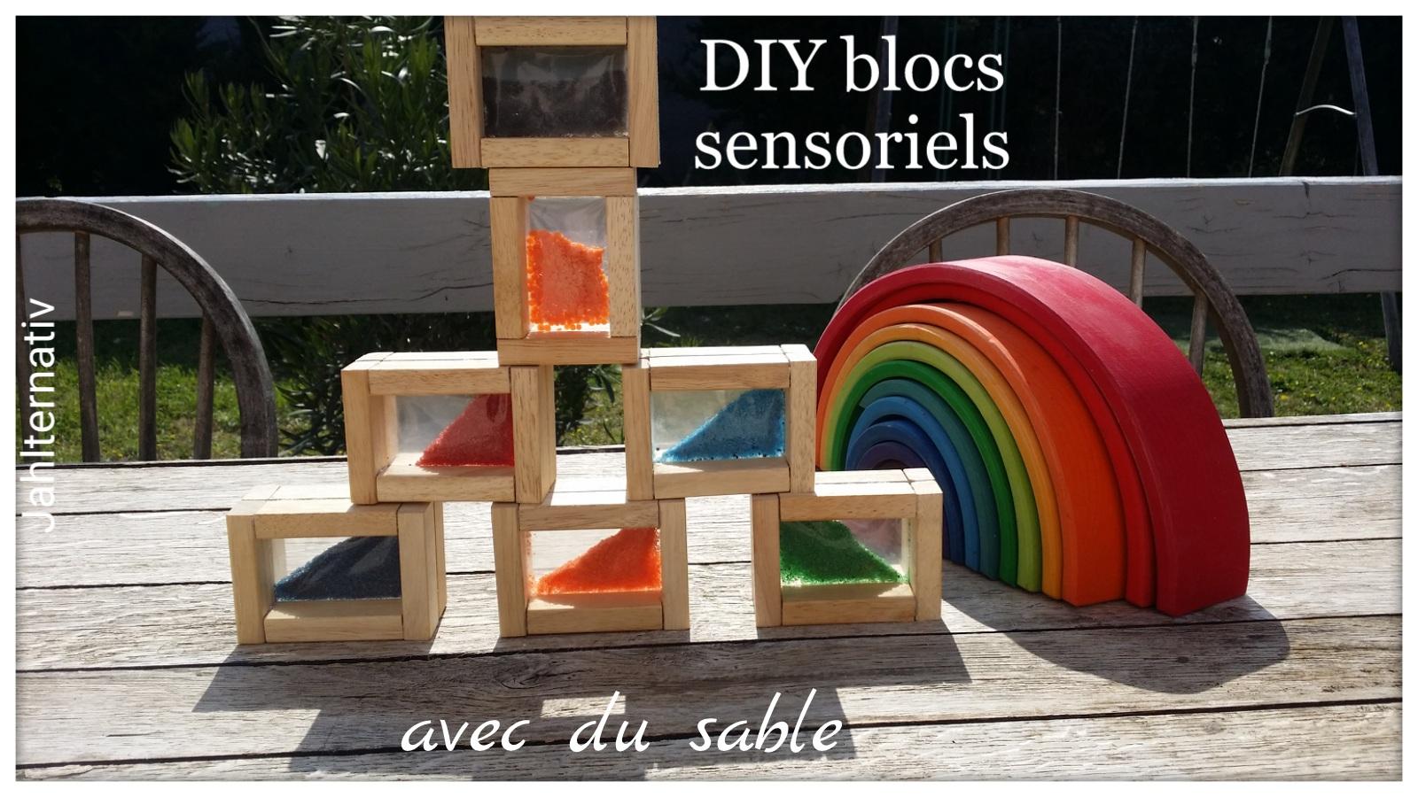 jahlternativ diy blocs sensoriels aux couleurs arc en ciel sable g latineux lentilles etc. Black Bedroom Furniture Sets. Home Design Ideas