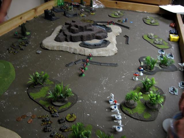 DwarfSupreme and Karl still have battle lines to speak of.