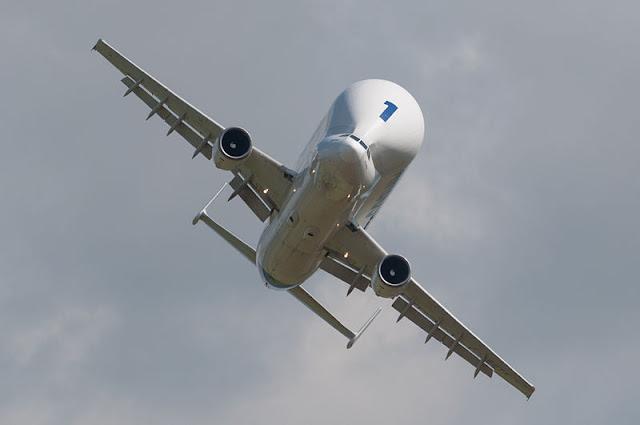 Gambar Pesawat Airbus Beluga 08