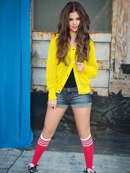 Selena Para Adidas Fundioshow sexy Gomez qSHwaT8