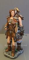 statuina guerriera sposa con arco statuine torta matrimonio armi orme magiche