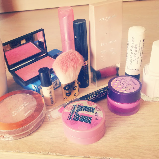 Travel Make Up