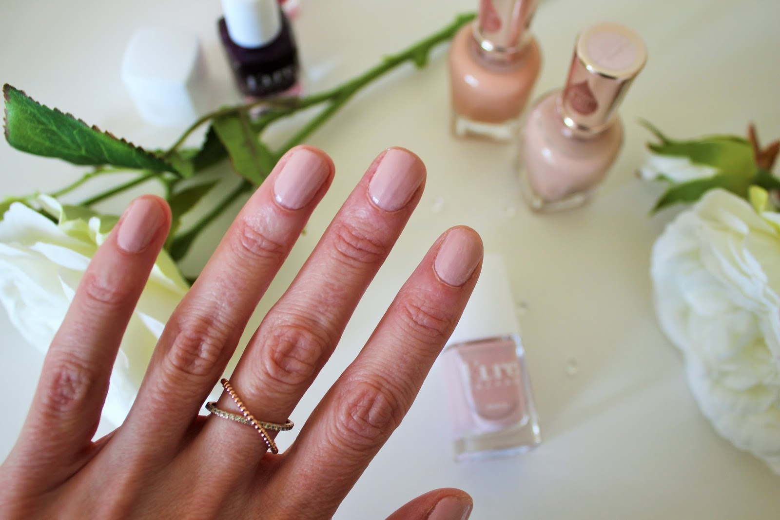 Two Nail Vanish Brands That Nourish Your Nails - 4