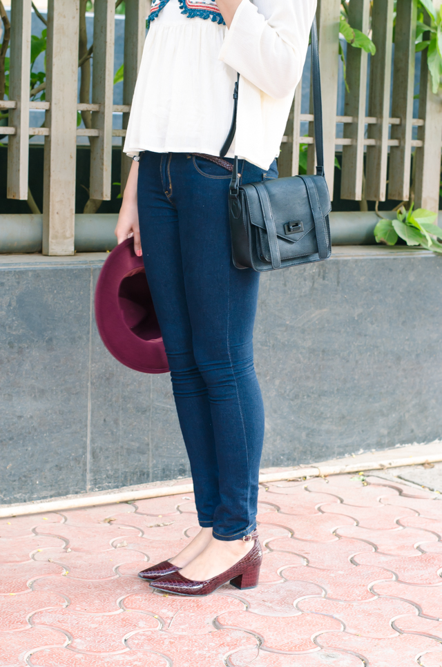 Jeans with some block heels and peplum top