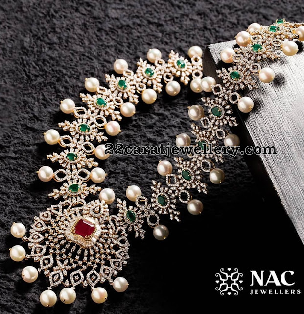 Alluring Diamond Set by Nac Jewellers