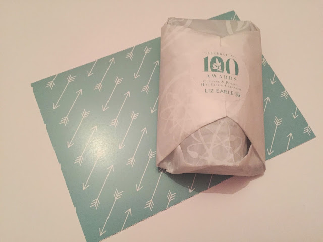 Liz Earle Cleanse & Polish Hot Cloth review